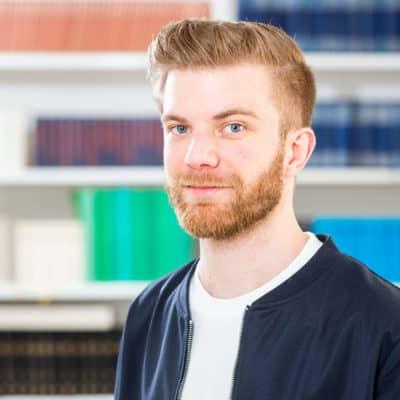 Portrait Dennis Arnold