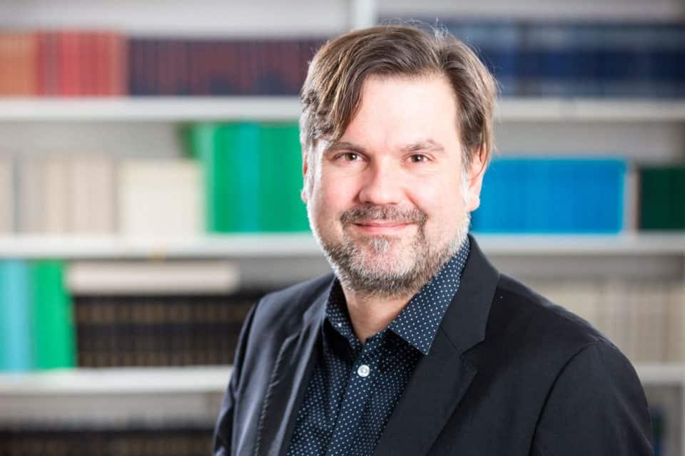 Dr. Jan-Hendrik Kamlage