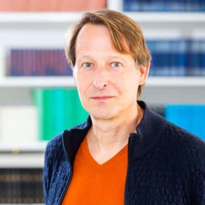Portrait Dr. Uwe Dörk
