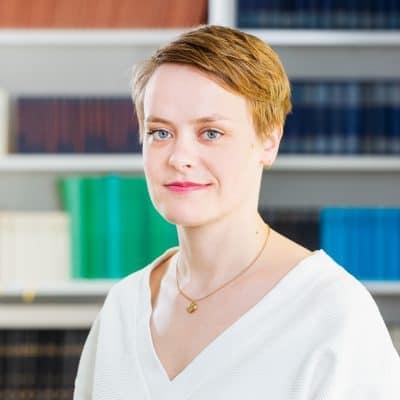 Portrait Dr. Hanna Engelmeier