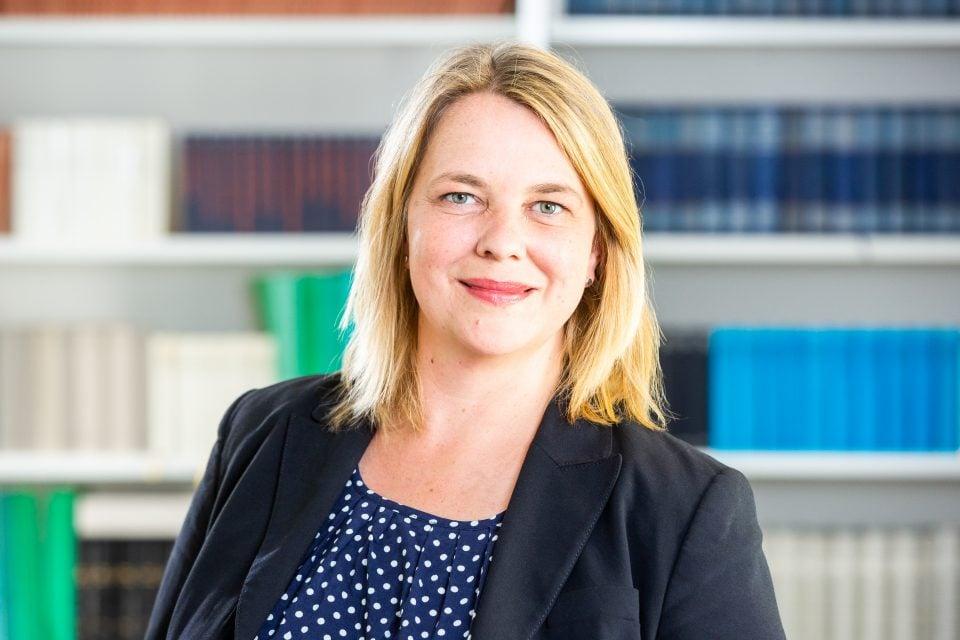 Dr. Martina Franzen