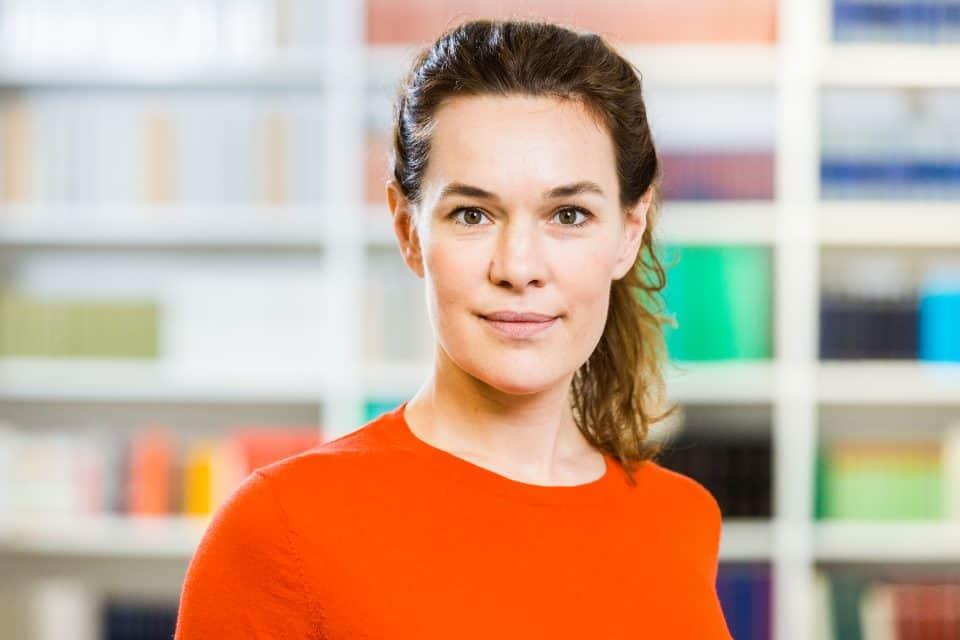 Ines Barner erhält Fakultätspreis 2020 der Philosophisch-Historischen Fakultät der Universität Basel