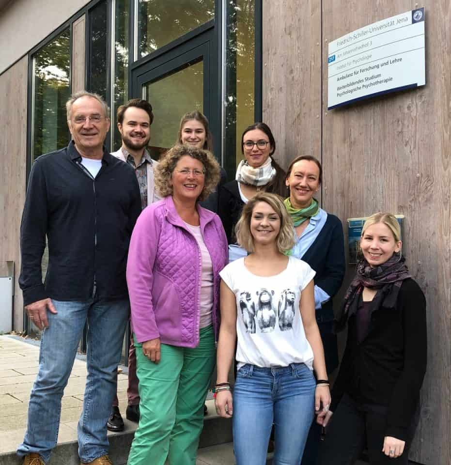 "KWI on Tour: Projekt-Team ""Kommunikation & Demenz"" trifft Psycholog*innen der Uni Jena zu Video-Workshop"